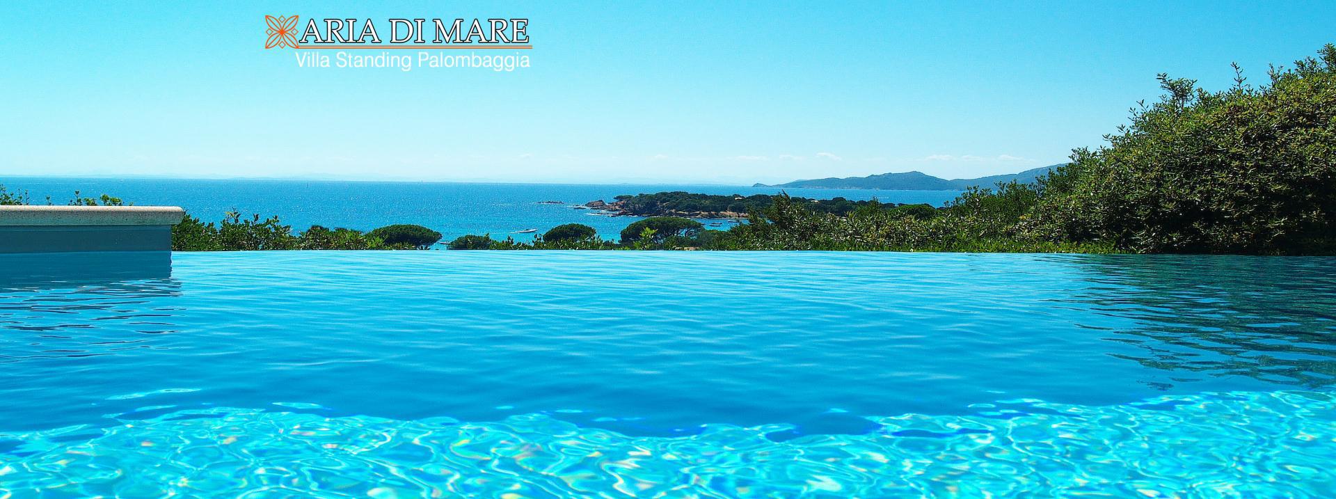 Location villa palombaggia villa luxe avec piscine porto for Camping corse du sud avec piscine